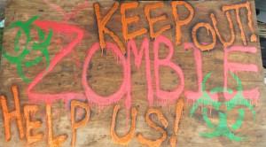 2015-Mikes-Maze_Zombie
